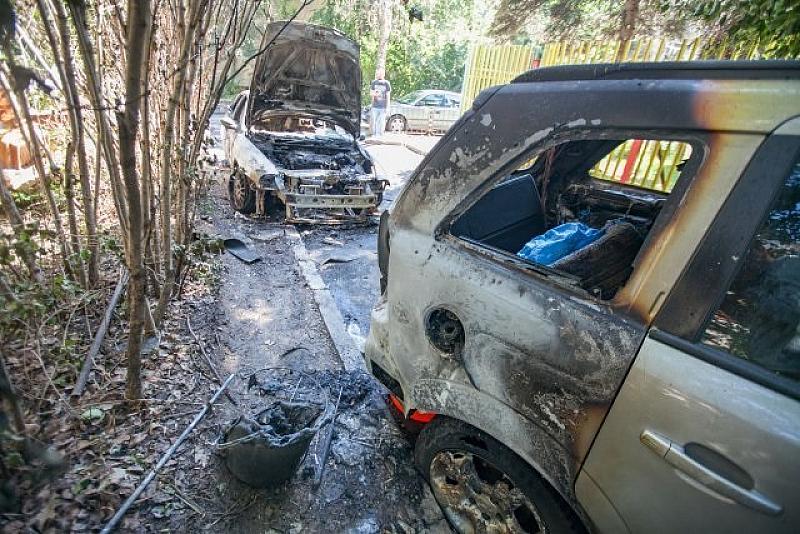 Криминалистите от Първо РПУ в София разследват три версии за