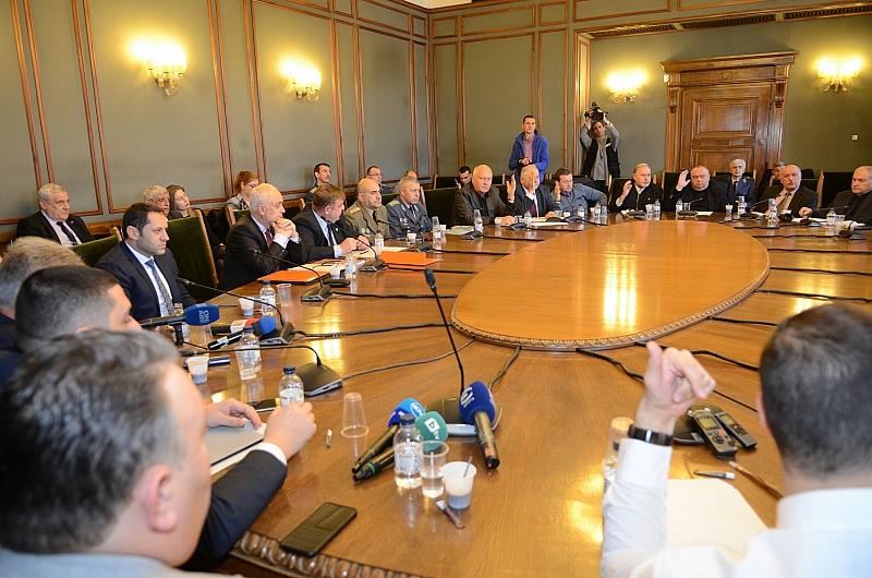 Комисията по отбрана подкрепи предложението на кабинета Народното събрание да