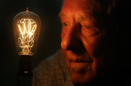 Възстановиха електрозахранването в Аржентина и Уругвай след масовия срив, който