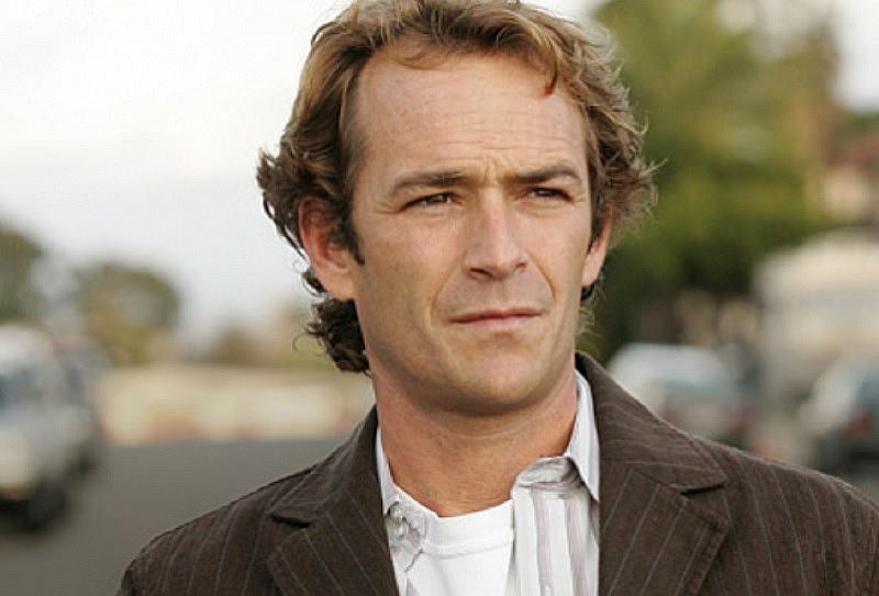 """Преди дни познатият от сериала """"Бевърли хилс 90210"""" актьор беше"""