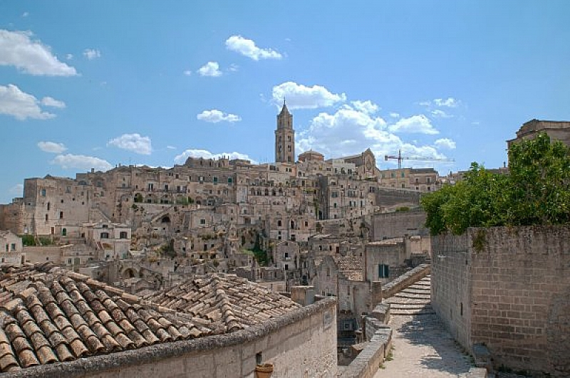 Днес италианският град Матера става европейска столица на културата за