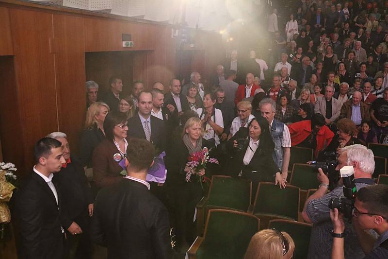 """""""Борисов е изхарчил еднолично за две години 5. 9 млрд"""