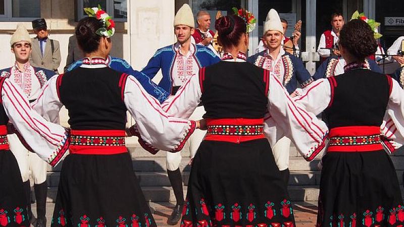 Снимка: Променят движението в София заради фестивал на народната носия