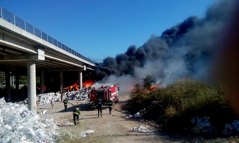Частично бедствено положение в Дупница заради големия пожар край магистрала