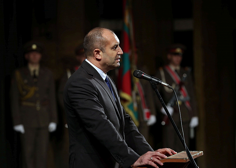 Държавният глава Румен Радев създава със свой указ Стратегически съвет