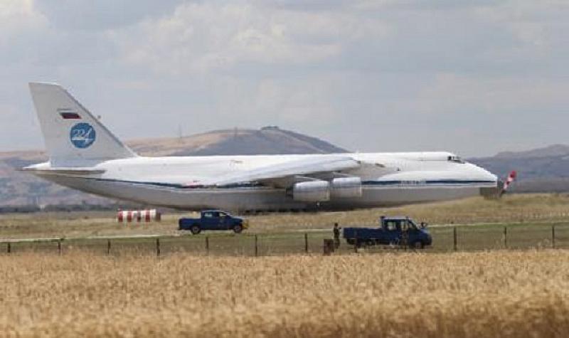 Процесът по доставка на зенитно-ракетните комплекси С-400 от Русия в