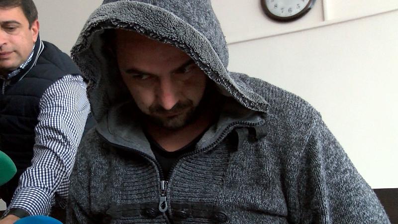 Районен съд Казанлък остави в ареста 28-годишния шофьор Васил Станков,
