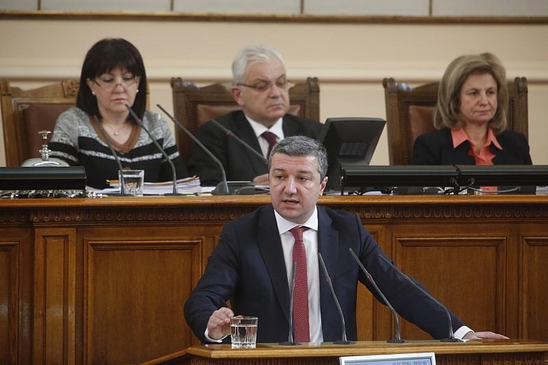 Снимка: Др. Стойнев към ГЕРБ: Не е нормално да подкрепяте двойните стандарти при храните
