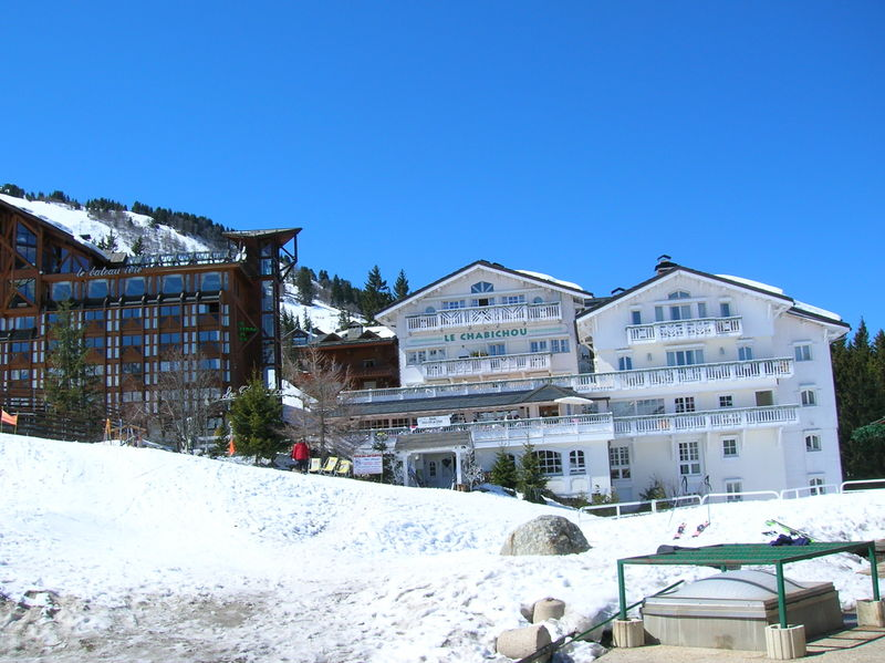 800px-200604_-_courchevel_1850_3.jpg