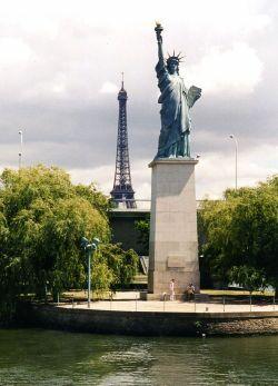 franse-statuia.jpg