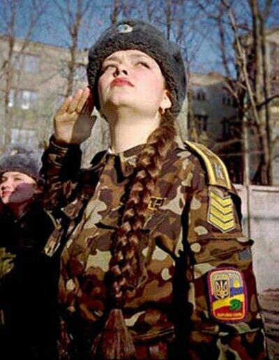jeni-army_3.jpg