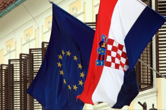 Минимална заплата от 540 евро поискаха социалдемократите в Хърватия. Според