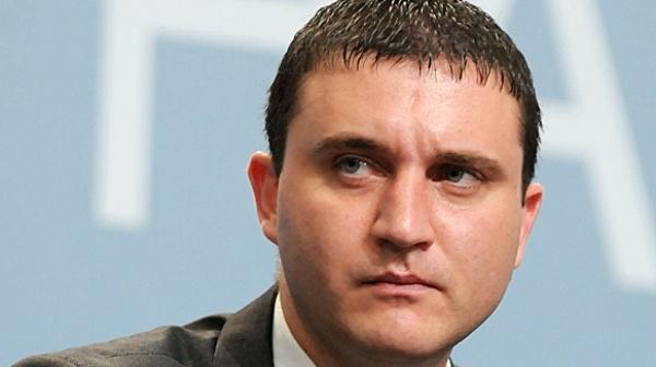Владислав Горанов твърди, че не носи отговорност ако се ощетяват държавни дружества