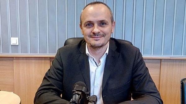 Политолог: Излязоха сериозни информации за миналото на бъдещия шеф на МВР, ...