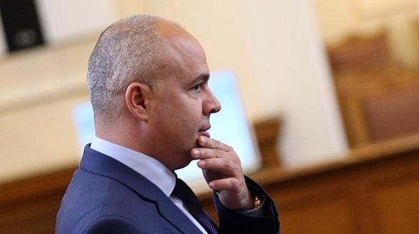 Г. Свиленски за Фрог: Несъбраните 16 милиарда ДДС говорят за  паралелна държава