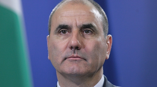 Цветанов ескалира войната с президента, нарече го национално безотговорен