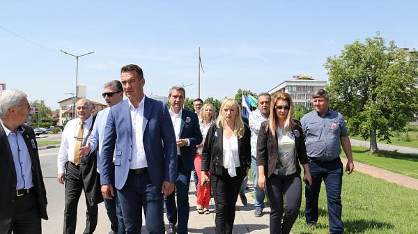 Дончев от Бузлуджа: Безотговорността и разрухата на българските паметници няма да продължи още дълго!