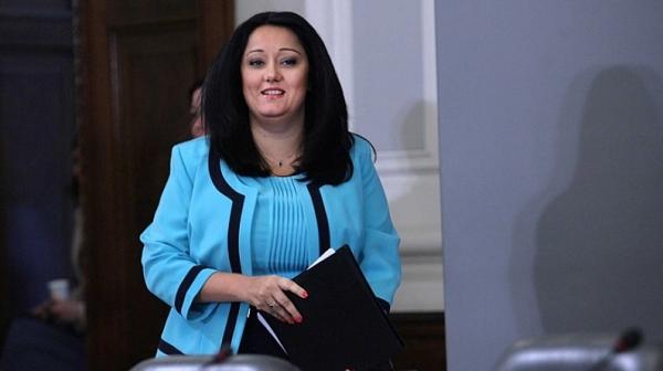 Павлова се сближила с Боршош, благодари на Борисов за НДК