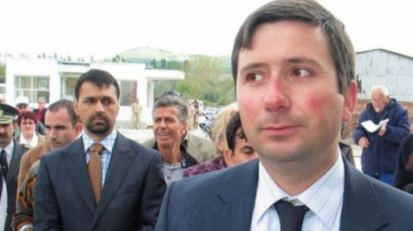 Прокуратурата атакува офиси на Иво Прокопиев