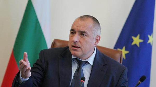Борисов официално освободи зам.-министрите с жилищата