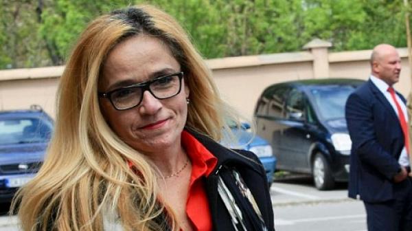 Иванчева обжалва пред ВАС отказа от ЕП на Карадайъ и Пеевски