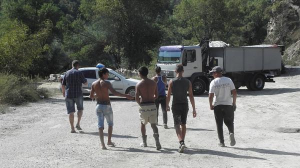 Каракачанов: Държавата е инвестирала 1 млрд. лв. за интегриране на ромите