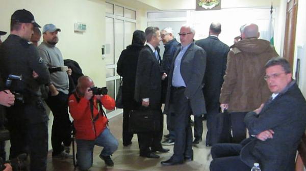 """Бисер Лазов зацикли в показанията си по """"Делото КТБ"""""""