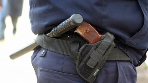 """Младеж от Карлово: Полицаи ме биха, викаха ми """"тъпанар"""""""