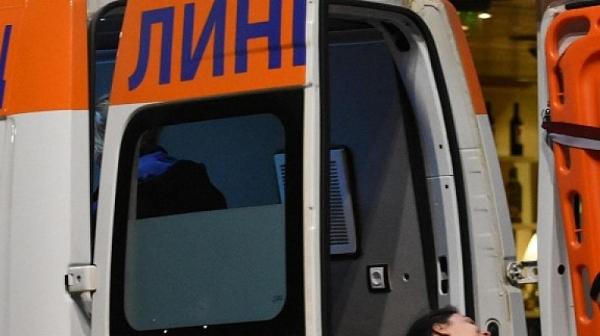 Камион с военни се обърна на Тракия