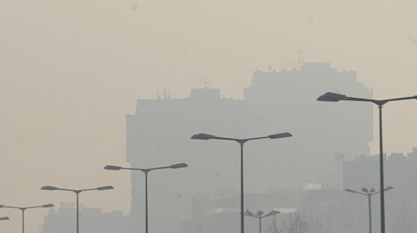 Мъглив фин прах обхвана цяла България
