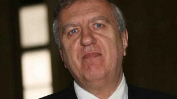 "Ал. Томов: Има връзка между ""апартаментгейт"", докладите на ЕК и us-доклада"