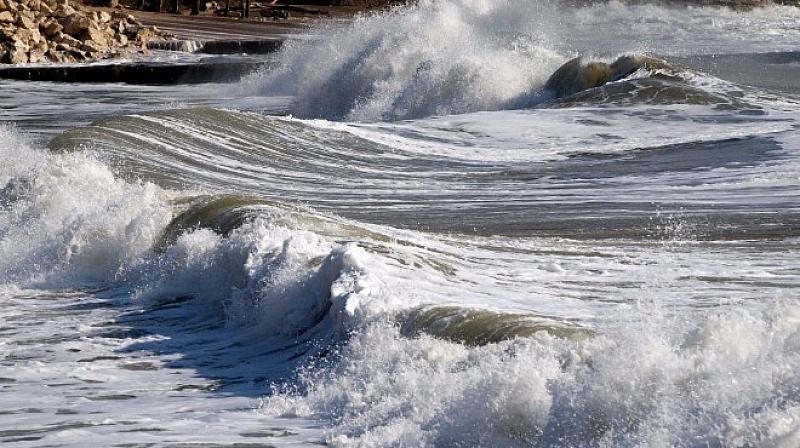Възрастен мъж се е удавил в морето край Лозенец. Жертвата