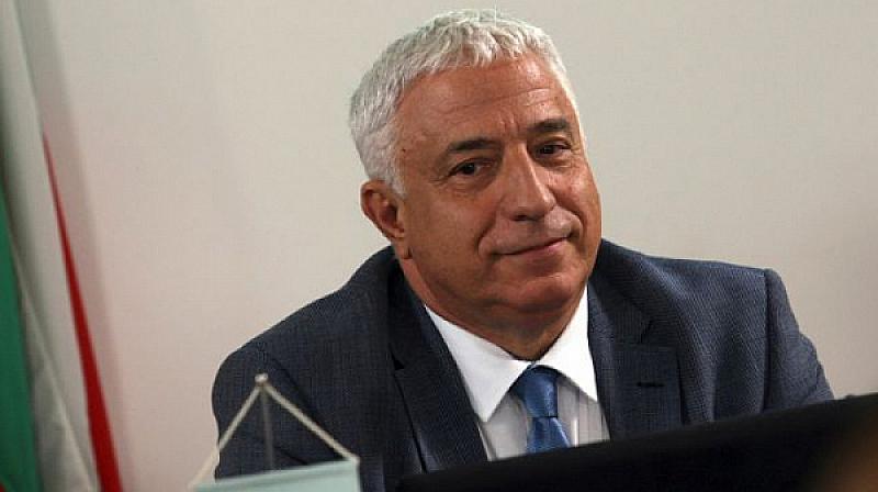 Снимка: Валери Тодоров: Изборът на този шеф на БНР е катастрофа, в СЕМ са безотговорни непрофесионалисти