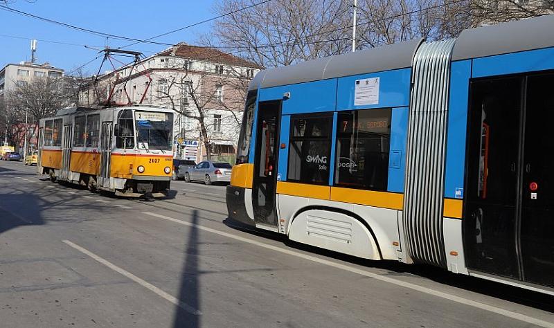 Забранява се и влизането на трамваи по ул.