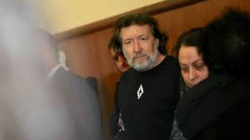 Николай Банев остава за постоянно в ареста, защото все още
