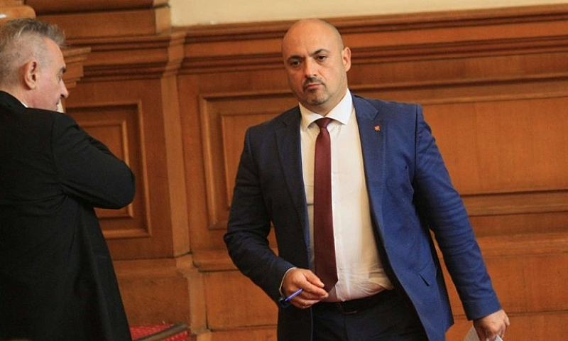 Предлагаме промяна в Кодекса на труда, заяви Красимир Богданов -