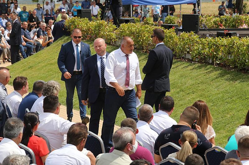 Българският премиер Бойко Борисов заяви, че може да се оттегли