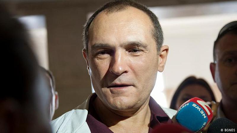 Бойко Методиев Борисов отново излъга България. Иска да избяга от
