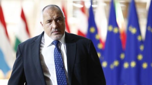 Премиерът Бойко Борисов влетя в централата на ГЕРБ. Той, обаче