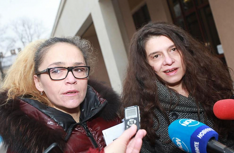 От 2013 г. досега съдебната заседателка Мария Щуркова е била