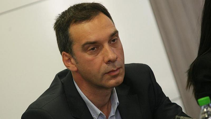 Шокиран съм от обвинението, че бездействам, каза кметът на Бургас