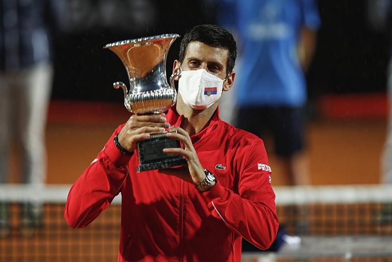 Световният номер 1 Новак Джокович записа поредното си историческо постижение.