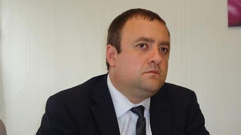 """""""Светът не започва с г-н Борисов и той трябва да"""