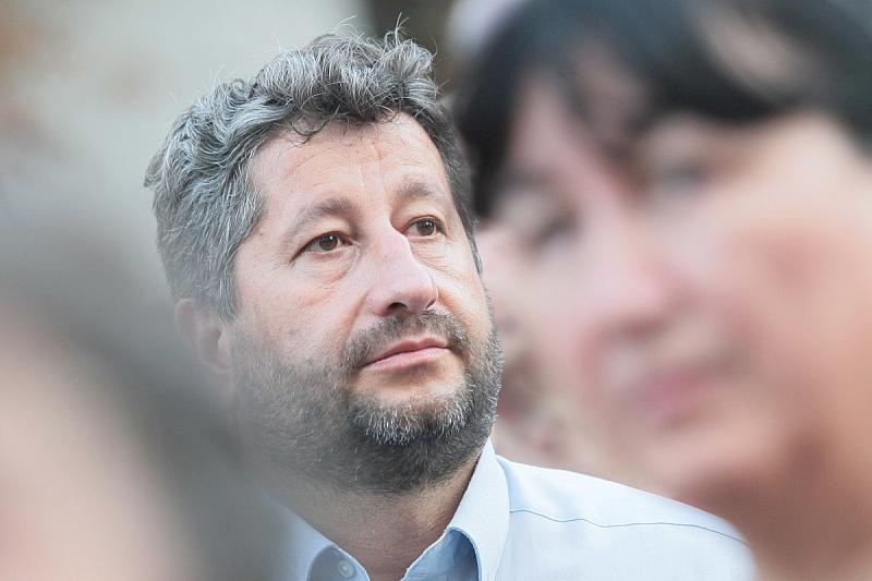 Христо Иванов е извикан на разпит в СДВР днес. Причината