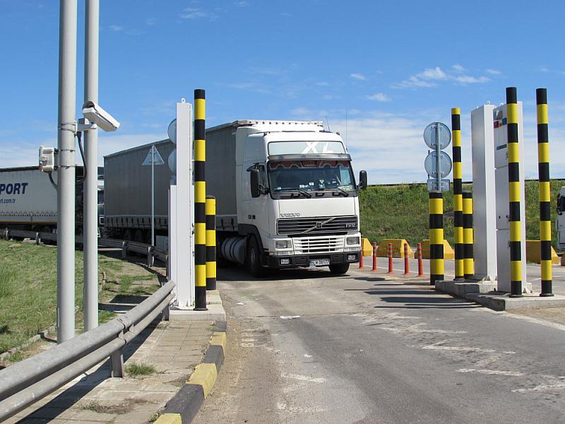 На граничен пункт Нъдлак 2 в камион, управляван от български