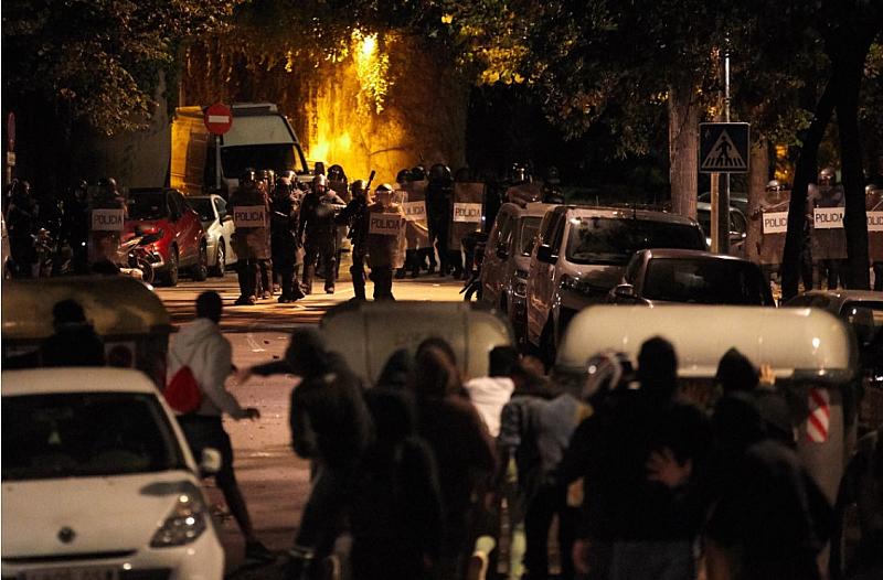 Министерството на външните работи препоръчва на българските граждани да не
