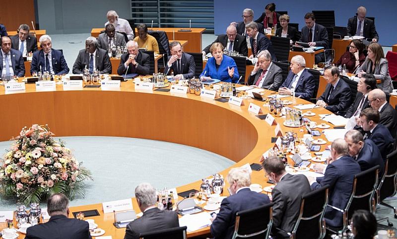 Световните лидери се ангажираха да прекратят всяка чуждестранна намеса във