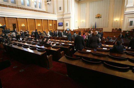 Най-голям брой въпроси на петъчния парламентарен контрол са отправени към