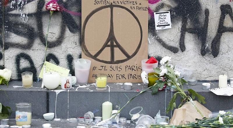 Франция отбелязва четвъртата годишнина от атентатите в Париж. При координирани