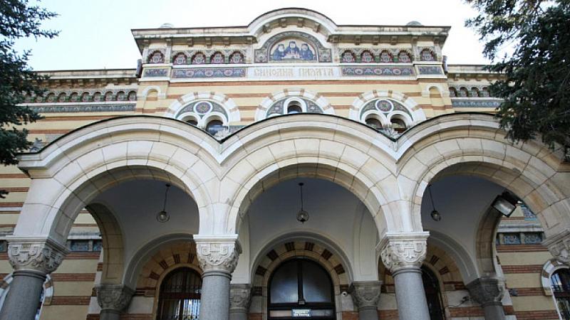 Националният оперативен щаб ще поиска утре среща със Светия Синод,